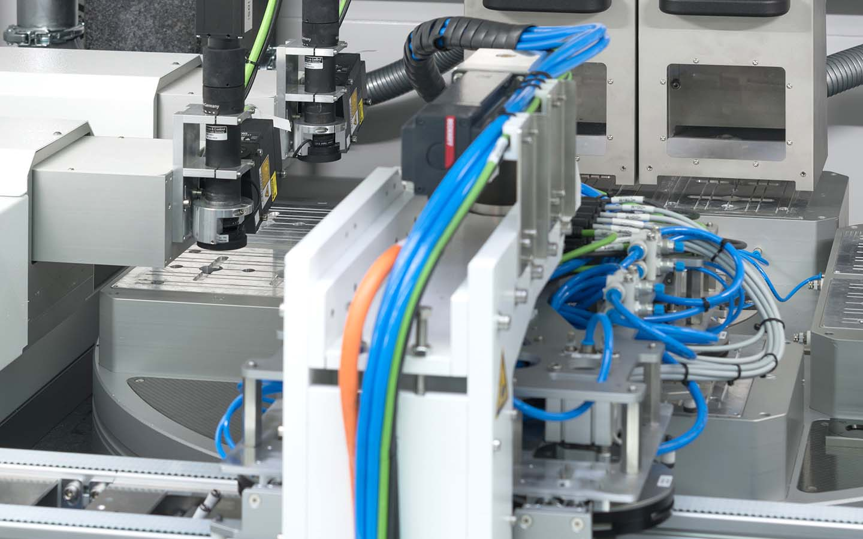 innolas-solutions-ultago-drehtisch-lasermaschine-02